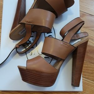 Steve Madden Platform High Heeled Sandal